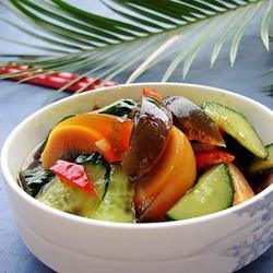 黄瓜拌皮蛋的做法[图]