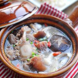 牛尾鲜菌汤煲的做法[图]