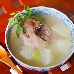 白萝卜牛尾汤的做法[图]