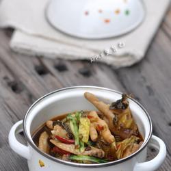 酸菜辣鸡爪煲的做法[图]