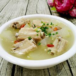 冬瓜炖排骨汤