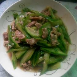 长丝瓜炒肉