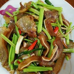 香芹炒腊猪头肉
